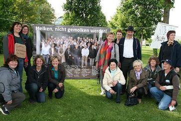 Milchbäuerinnen im Hungerstreik in Berlin. Bild: Marlene Herzog