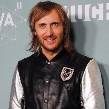 David Guetta Mit Em Song Auf Platz Eins Der Single Charts