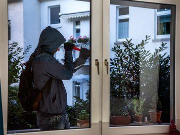 Symbolbild: Einbruch am hellichten Tag Bild: Polizei
