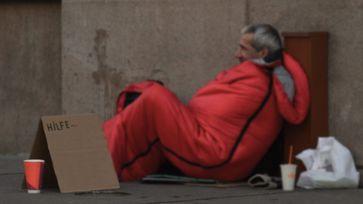 AfD-Bundestagsfraktion fordert bei Unterkünften für Obdachlose die gleichen Bauvorgaben wie bei Flüchtlingsheimen.