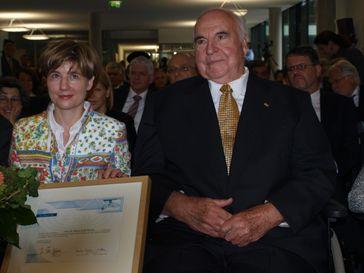 Helmut Kohl mit seiner zweiten Ehefrau Maike, 2009