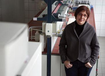Die Jenaer Ernährungswissenschaftlerin Prof. Dr. Ina Bergheim weist auf der Grundlage ihrer neuen St Quelle: Foto: Jan-Peter Kasper/FSU (idw)
