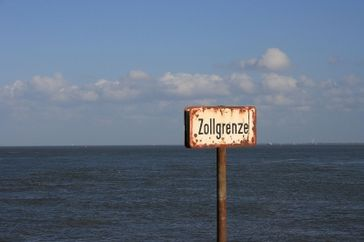 Zoll & Zölle (Symbolbild)
