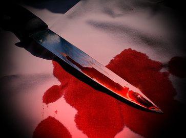 Blutiges Messer (Symbolbild)