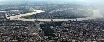 Düsseldorf, Blick nach Westen