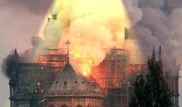 Feuer in Kathedrale Notre-Dame ausgebrochen