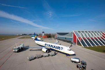 Der Flughafen Memmingen (IATA: FMM, ICAO: EDJA, auch Allgäu Airport, Flughafen Memmingerberg, Flughafen Memmingen München-West) ist der Verkehrsflughafen der Stadt Memmingen in Oberschwaben. Er ist der kleinste von drei Verkehrsflughäfen in Bayern und der höchstgelegene Verkehrsflughafen Deutschlands.