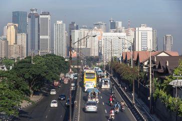 Aufgrund des stark steigenden Verkehr sind die Bewohner Manilas aktuell mit einer alarmierenden, gesundheitsgefährdenden Luftverschmutzung konfrontiert.