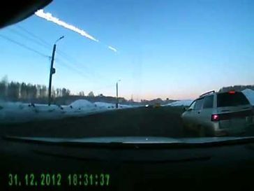 "Screenshot aus dem Youtube Video ""Метеорит над Челябинском(Meteorit)15.02.13 """