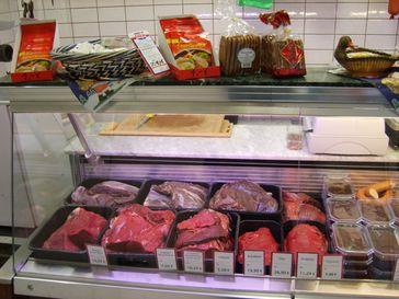Sauerbraten und weitere Pferdefleischwaren. Bild: Eschweiler - wikipedia.org