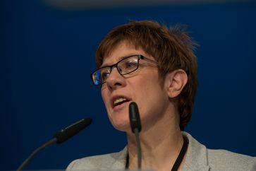Annegret Kramp-Karrenbauer (2016)