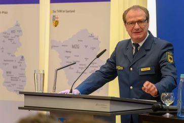 Gerd Friedsam als THW-Vizepräsident bei einem parlamentarischen Abend (2019)