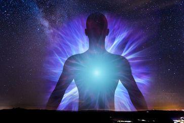 Mensch Aura Universum (Symbolbild)