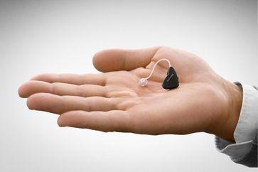 Hinter-dem-Ohr-Hörgerät (2011)