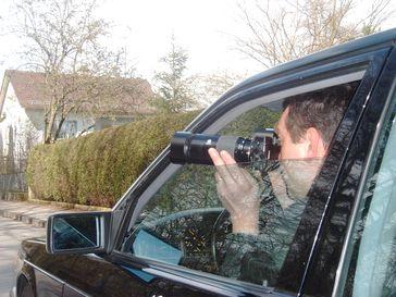 Detektiv bei der Observation