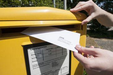Mit dem Rückgang des klassischen Briefverkehrs werden Postdienstleister ihre Geschäftsstrategie anpa Quelle: (Foto: Laila Tkotz, KIT) (idw)