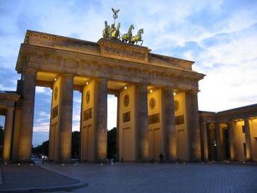 Berlin: Brandenburger Tor (Symbolbild)