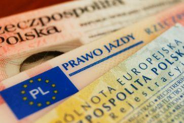 Polnische Personaldolumente Bild: rmx.news / UM / Eigenes Werk