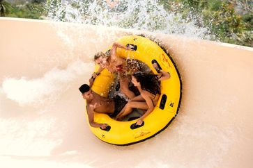 """Zum fünften Mal in Folge wurde der Siam Park aufgrund der positiven Bewertungen der Besucher mit der Auszeichnung """"Travellers Choice Award"""" zum besten Wasserpark der Welt gekürt. Bild: """"obs/Loro Parque/Siam Park"""""""