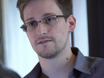 Edward Snowden, 2013