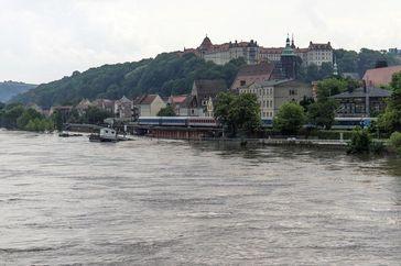 Pirna während des Elbe-Hochwassers im Juni 2013. Die Lage der Stadt erschwert einen umfassenden Hoch Quelle: Foto: Tilo Arnhold/UFZ (idw)