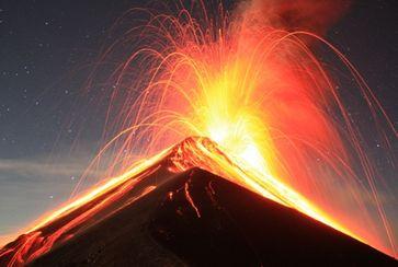 Vulkan Fuego (Volcán de Fuego), (2016)