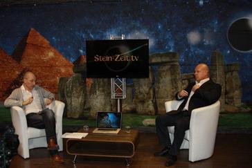 """Bild: """"Steinzeit TV"""" Screenshot"""