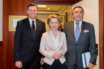 """Borut Pahor, Präsident der Republik Slowenien; Bundesverteidigungsministerin Dr. Ursula von der Leyen; Mittelstandspräsident Mario Ohoven. Bild: """"obs/BVMW/Christian Kruppa"""""""