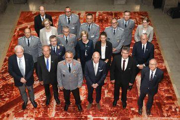 Delegation des Sanitätsdienstes der Bundeswehr und der BG Kliniken.