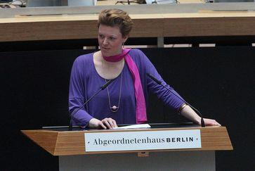 Katalin Gennburg (2017)