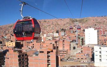 Im ÖPNV eingesetzte Seilbahn im Seilbahnnetz La Paz