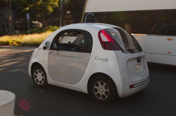 Autonomes Auto von Google, 2015
