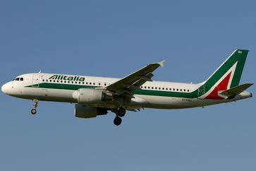Alitalia ist die größte italienische Fluggesellschaft mit Sitz in Fiumicino[2] und Drehkreuz auf dem dortigen Flughafen Rom-Fiumicino.