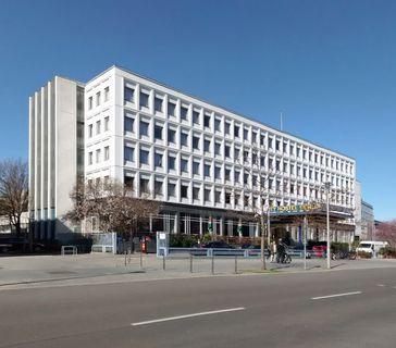 "Ehemalige Nordkoreanische Botschaft in Berlin, heute ""Cityhostel"", Glinkastraße, Berlin-Mitte"