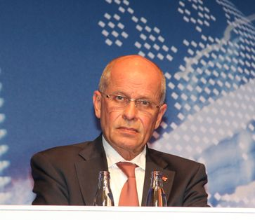 Berthold Huber auf dem Elektromobilitätsgipfel 2013 in Berlin