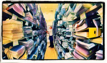 """Bürokratie = """"Herrschaft der Verwaltung"""" oder eine Herrschaftsform, in der Beamten die Herrschaft ausüben"""