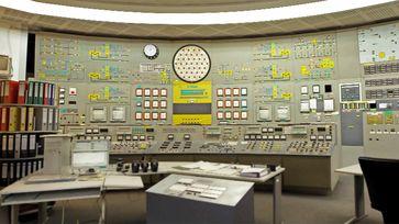 Schaltzentrale im ehemaligen Kernkraftwerk Lubmin.  Bild: ZDF Fotograf: ZDF/Kristof Kannegießer