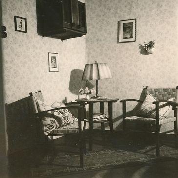 Sitzecke um 1950 (Symbolbild)