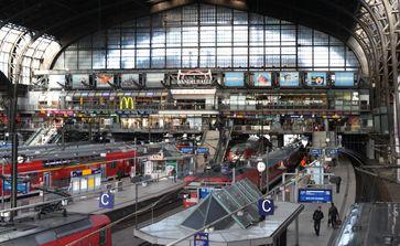 Bahnsteighalle, Blick vom Südsteg