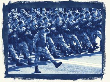 Bilder die eigentlich der Vergangenheit angehören sollten. Die NATO rüstet weiter auf: Wozu? Und gegen wen? (Symbolbild)