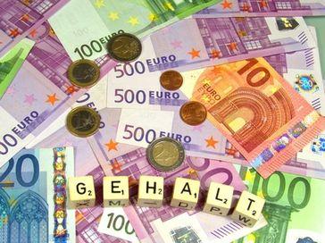 Bargeld, Gehalt, Einkommen (Symbolbild)