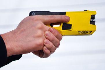TASER 7: neueste Generation von Distanz-Elektroimpulsgeräten Bild: Axon