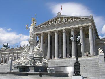 Österreich: Das Parlament in Wien ist Sitz des Nationalrates und des Bundesrates