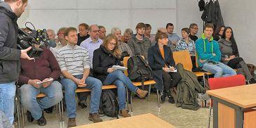 Gerichtsbeobachter im Landgericht Halle/Saale im Prozeß gegen den König von Deutschland (2016)