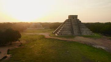 Antike Monumente mit beeindruckender Architektur: die Maya-Metropole Chichén Itzá in Mexiko fasziniert bis heute.  Bild: ZDF Fotograf: ZDF/La Famiglia