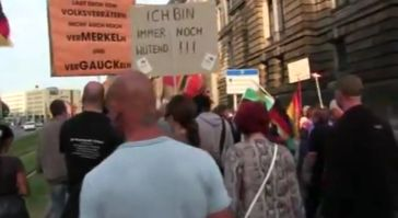 """Screenshot des Youtube Video """"PEGIDA:18.05.2015 Dresden: Abendspaziergang mit über 6000 Teilnehmer.  """""""
