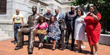 George Floyd-Statue in Newark, New Jersey Bild: MN/UM/Eigenes Werk