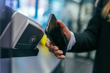 Zahlungen werden heute immer moderner - auch online gibt es stetig Weiterentwicklungen.