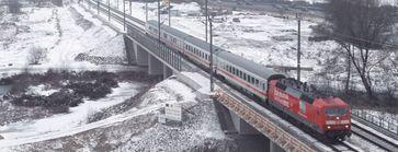 Zug der Bahn in Winterlandschaft. Bild: Claus Weber, über dts Nachrichtenagentur