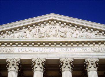 Oberste Gerichtshof der Vereinigten Staaten (englisch Supreme Court of the United States)